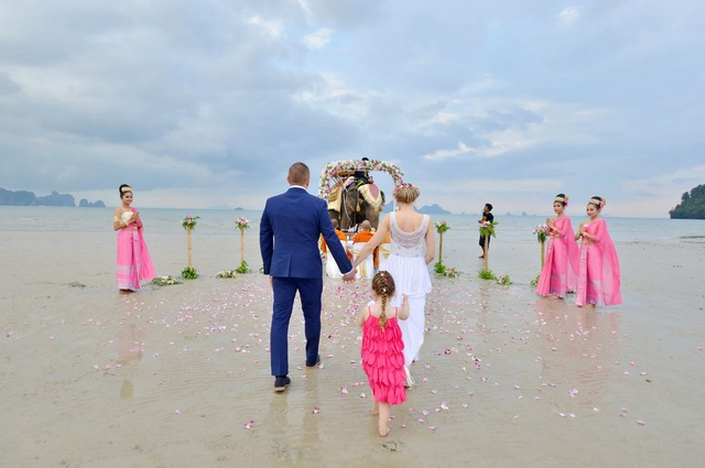 Elephant Beach Wedding